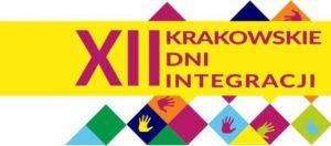 Grafika z napisem XII Krakowskie DNi Integracji. W tle kolorowe dłonie.