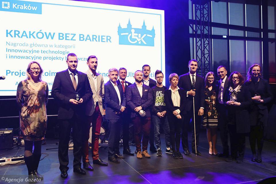 Zdjęcie: laureaci konkursy Kraków bez barier 2018